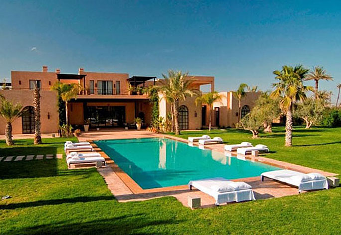 Luxury moroccan villa house design contemporary beautiful for Pool design for villa