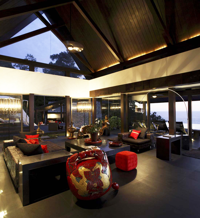 Ultra Luxurious Villa on Phuket by Naga Concepts