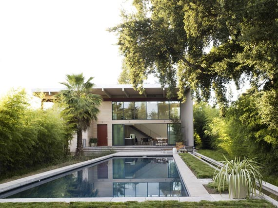 Modern House With L Shaped Architecture Design In